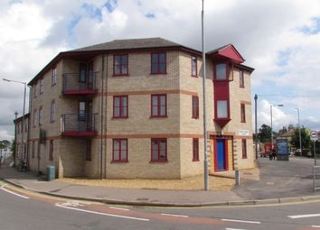 Thumbnail 1 bed flat to rent in Victoria Road, Cambridge