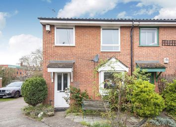 3 bed property for sale in Arundel Close, Battersea SW11
