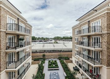 Thumbnail 2 bed flat to rent in Carnwath Road SW6, EPC B