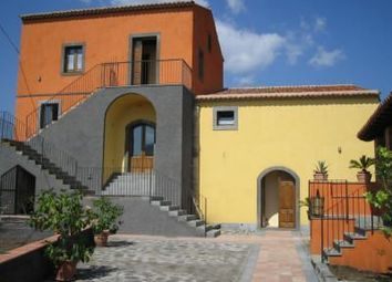 Thumbnail Retail premises for sale in Castiglione di Sicilia, Province Of Catania, Sicily, Italy