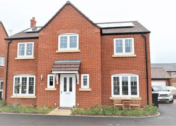 Thumbnail 5 bed detached house for sale in Chestnut Way, Bidford-On-Avon, Alcester