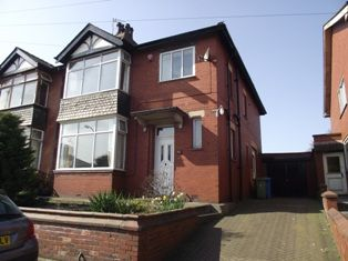 Thumbnail Semi-detached house to rent in Chadderton Park Road Chadderton, Oldham