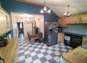 Thumbnail 3 bed detached house to rent in Warwick Avenue, Beeston