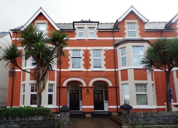 1 bed flat to rent in Colwyn Court, Colwyn Bay LL29