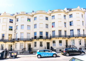 Brunswick Place, Hove, East Sussex BN3. 2 bed flat for sale