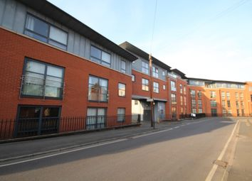 2 bed flat to rent in East Cliff, Preston PR1