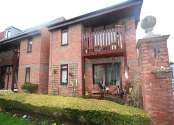 Thumbnail 2 bed flat to rent in Paynes Court, 27 High Street, Buckingham