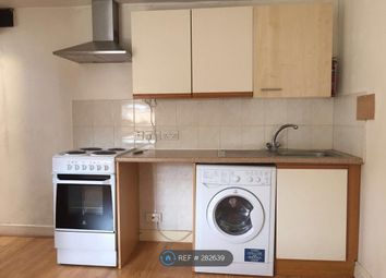 Thumbnail Studio to rent in Thornlaw Rd, London