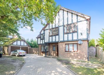 4 bed detached house for sale in Avenue Gardens, Horley, Surrey RH6