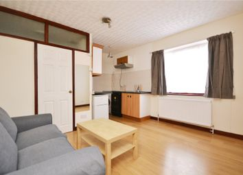 1 bed flat to rent in Woodhouse Road, London N12