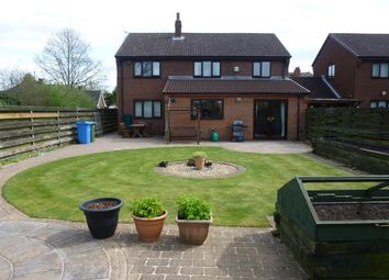 Thumbnail 4 bedroom detached house for sale in West Furlong, Retford