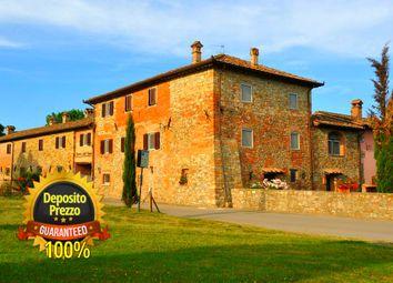 Thumbnail 10 bed farmhouse for sale in Hills, Sansepolcro, Arezzo, Tuscany, Italy