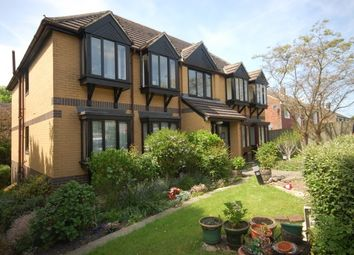 Thumbnail 2 bed flat to rent in London Road, Uckfield