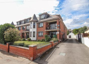2 bed flat for sale in Cossington Road, Westcliff-On-Sea SS0