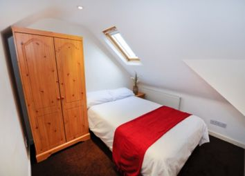 Thumbnail Room to rent in Swanpool Walk, Worcester