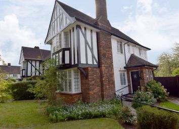 Maurice Walk, Hampstead Garden Suburb NW11. 3 bed flat