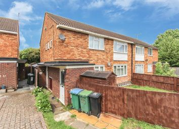 Thumbnail 2 bed maisonette for sale in Heronslea, Watford