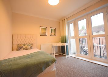 Thumbnail 3 bed flat to rent in Portswood Road, Southampton