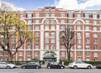 Thumbnail 1 bed flat to rent in Grove End House, London