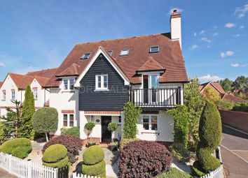 Thumbnail 6 bed detached house to rent in Fallow Fields, Loughton