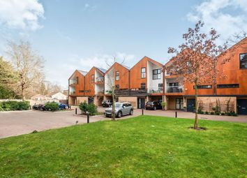 Thumbnail 1 bed flat for sale in Woodview Mews, London