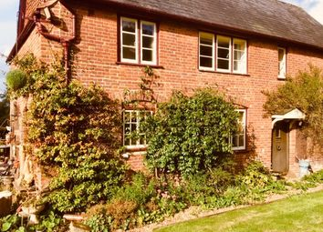 Thumbnail Room to rent in Prince Of Wales Road, Outwood Nr Redhill