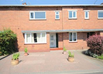 Thumbnail 2 bed flat to rent in Walton Way, Stone