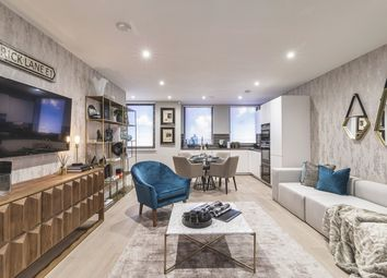 Thumbnail 3 bedroom flat for sale in Commercial Street, Aldgate, London