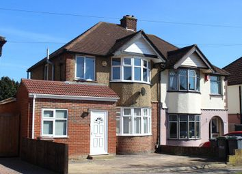 Thumbnail 2 bedroom shared accommodation to rent in Somerset Avenue, Luton