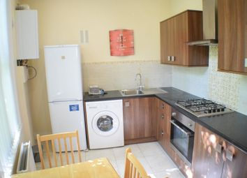 Thumbnail 2 bed flat to rent in Tremadoc Road, Clapham - London