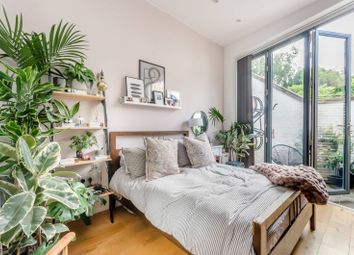 2 bed property for sale in Barmouth Road, Wandsworth, London SW18