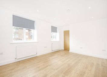 Thumbnail 6 bed property to rent in Hodford Road, Golders Green