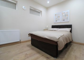 Thumbnail 5 bedroom shared accommodation to rent in Meadvale Road, Croydon