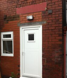 Thumbnail 1 bedroom terraced house to rent in Higher Swan Lane, Bolton