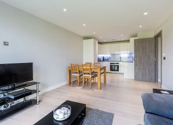 Thumbnail 2 bed flat to rent in Parkside St Peters, Battersea