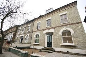 Thumbnail 2 bed flat to rent in Bacon Hill, Caledonian Road