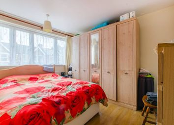 3 bed maisonette for sale in Telfourd Road, Se5, Camberwell, London SE15