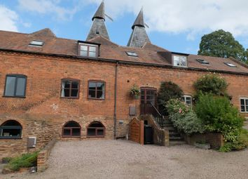 Middle Oast House, Baynhams Farm, Hereford Road, Ledbury, Herefordshire HR8. 3 bed barn conversion