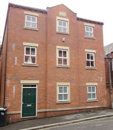 5 bed flat to rent in Gell Street, Sheffield S3