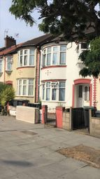 Thumbnail 4 bed terraced house to rent in Spur Road, London