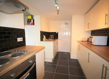 Thumbnail 5 bed shared accommodation to rent in Commercial Road, Bedford
