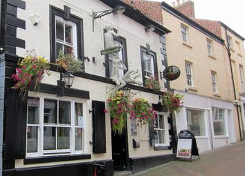 Thumbnail Pub/bar for sale in Albion Hill, Oswestry