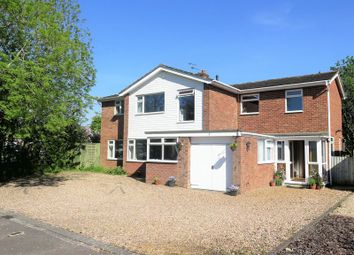Thumbnail 5 bed detached house for sale in Tennyson Close, Banbury