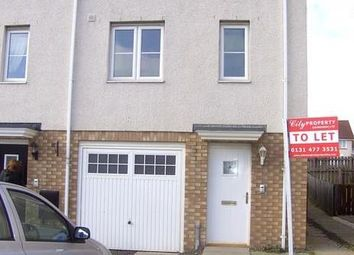 Thumbnail 3 bed town house to rent in Queens Crescent, Livingston