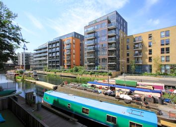 Thumbnail 1 bedroom flat to rent in Canal Wharf, Kingsland Road, Hackney