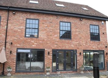 Thumbnail 2 bed flat to rent in Barton Road, Stratford-Upon-Avon
