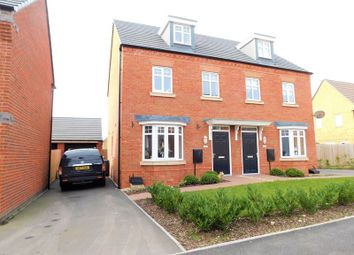 Thumbnail 3 bed town house for sale in Dewsbury Crescent, Stafford