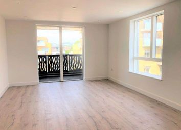 2 bed property to rent in High Street, London N8