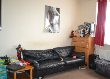 Thumbnail 1 bed flat to rent in Whalebone Lane South, Becontree