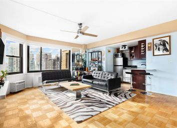 Thumbnail 1 bed apartment for sale in 200 East 36th Street 17G, New York, New York, United States Of America